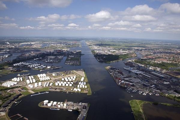 Port of Amsterdam vanuit de lucht