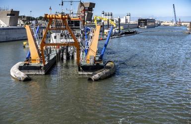 sluiskolk uitbaggeren nieuwe zeesluis